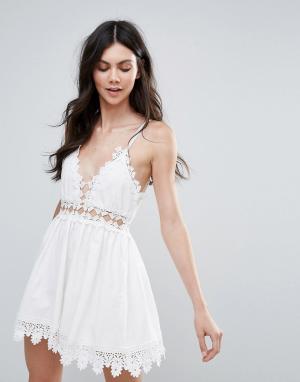 Raga Платье с отделкой кроше Cut To It. Цвет: белый