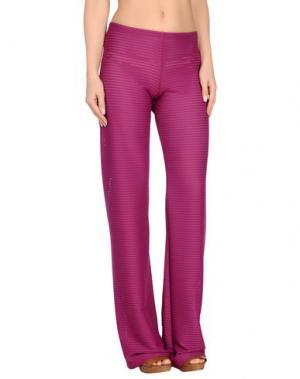 Пляжные брюки и шорты FISICO. Цвет: пурпурный