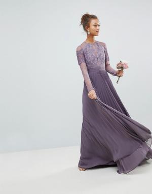 ASOS Плиссированное кружевное платье макси с длинными рукавами. Цвет: фиолетовый