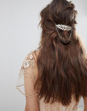 ASOS Заколка для волос с цепочками и листиком DESIGN. Цвет: золотой
