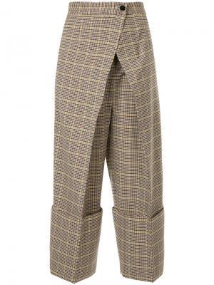 Укороченные брюки с запахом Astraet. Цвет: телесный