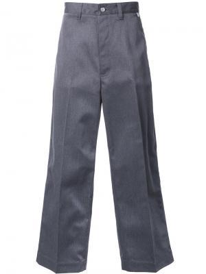 Широкие брюки Facetasm. Цвет: серый