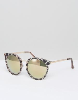 New Look Солнцезащитные очки в оправе с анималистичным принтом. Цвет: розовый