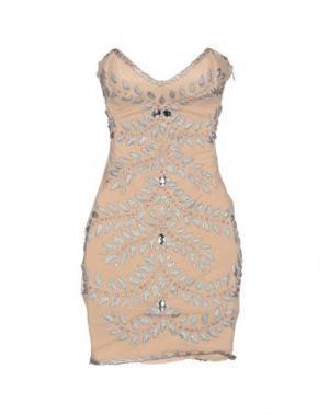 Короткое платье HOLT. Цвет: бежевый