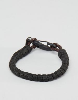 Icon Brand Плетеный браслет с застежкой-крючком. Цвет: коричневый