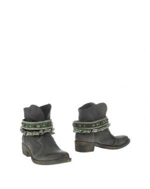 Полусапоги и высокие ботинки FABBRICA MORICHETTI. Цвет: зеленый