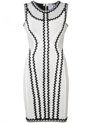Приталенное платье с аппликацией в виде зигзага Hervé Léger. Цвет: белый