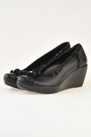 Туфли Familiare. Цвет: черный