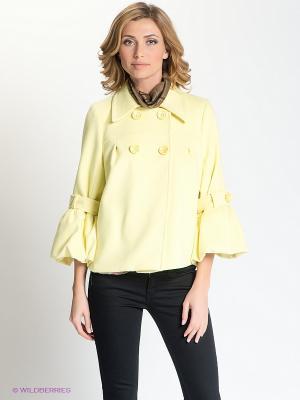 Пальто Анна Чапман. Цвет: желтый
