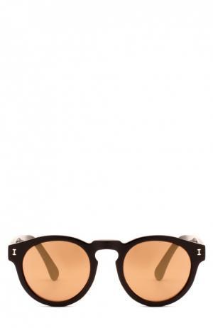 Очки солнцезащитные Illesteva. Цвет: черный
