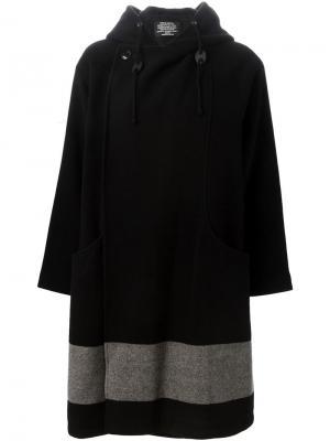Двубортное пальто с капюшоном Zucca. Цвет: чёрный