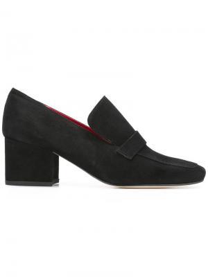 Туфли на массивном каблуке Dorateymur. Цвет: чёрный