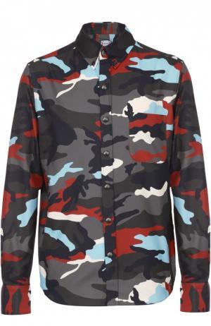 Хлопковая рубашка с камуфляжным принтом Moncler. Цвет: разноцветный