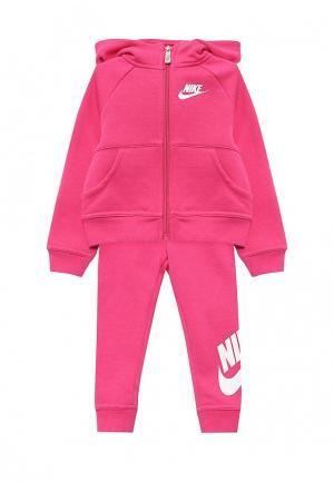 Костюм спортивный Nike. Цвет: фуксия