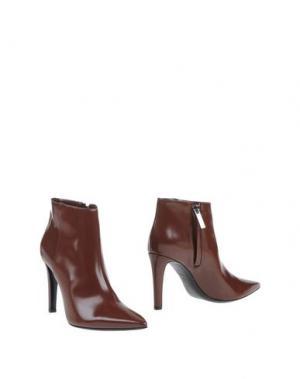 Полусапоги и высокие ботинки RODO. Цвет: коричневый