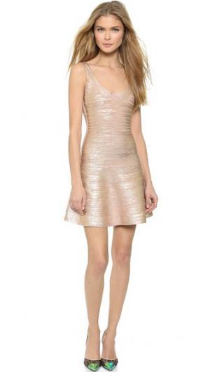 Платье без рукавов Herve Leger. Цвет: розовое золото