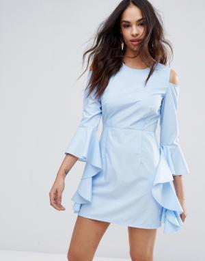 Missguided Платье с вырезами на плечах и оборками рукавах. Цвет: синий