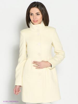 Пальто Oodji. Цвет: кремовый