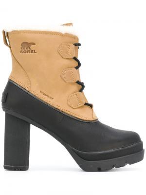 Ботинки на шнуровке Sorel. Цвет: коричневый