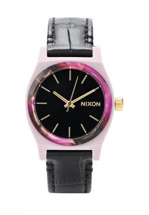 Часы Nixon. Цвет: розовый