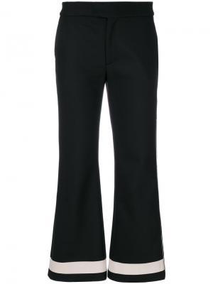 Укороченные расклешенные брюки Ssheena. Цвет: чёрный