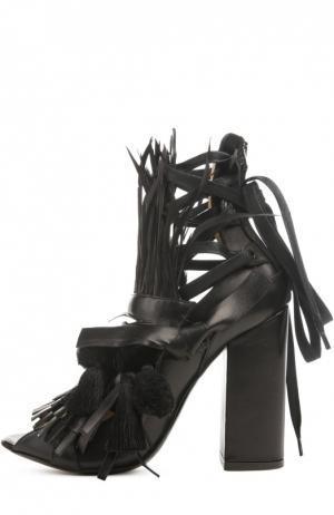 Кожаные босоножки с декором No. 21. Цвет: черный