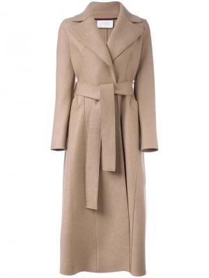 Длинное пальто с поясом Harris Wharf London. Цвет: коричневый