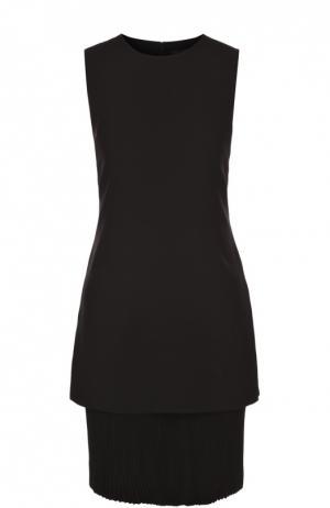 Приталенное мини-платье с плиссированной вставкой Theory. Цвет: черный