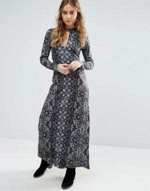 Free People Платье макси с длинными рукавами и принтом Cabaret. Цвет: темно-синий