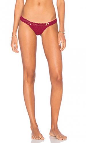 Бразильские плавки бикини SHE MADE ME. Цвет: вишня