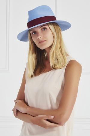 Фетровая шляпа MDWS. Цвет: голубой