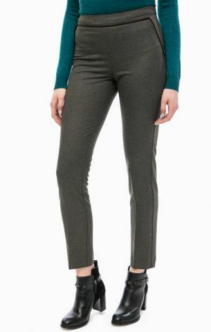 Зауженные брюки цвета хаки TRUCCO. Цвет: хаки
