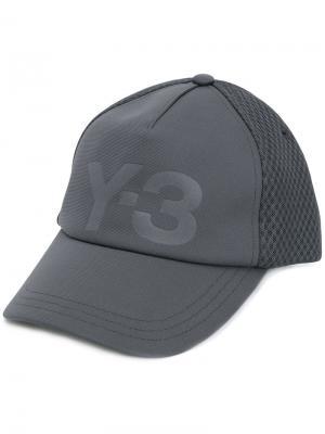 Сетчатая кепка с логотипом Y-3. Цвет: серый