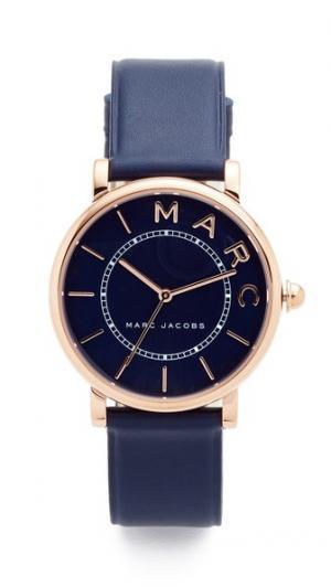 Часы с кожаным ремешком Roxy Marc Jacobs