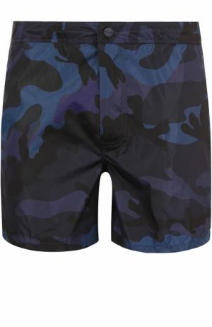 Плавки-шорты с камуфляжным принтом Valentino. Цвет: темно-синий