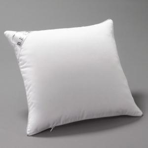 Подушка из синтетики с обработкой PRONEEM REVERIE BEST. Цвет: белый