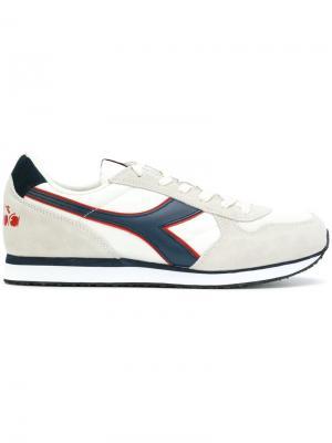 Кроссовки с панельным дизайном Diadora. Цвет: телесный