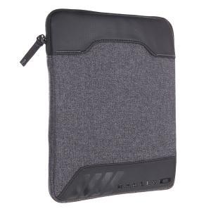 Чехол для планшетника  Halifax Sleeve Black Oakley. Цвет: серый,черный