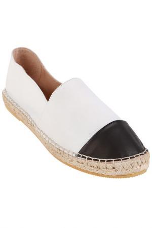 Туфли Kanna. Цвет: белый