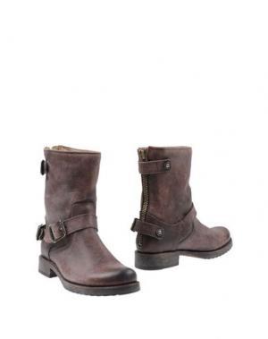 Полусапоги и высокие ботинки FRYE. Цвет: какао