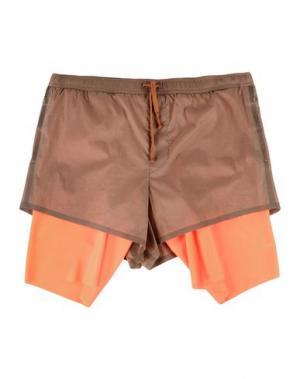 Пляжные брюки и шорты SATISFY. Цвет: светло-коричневый