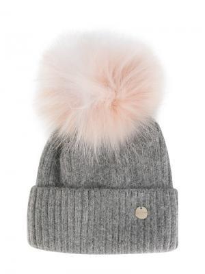Вязаная шапка со съемным помпоном Yves Salomon. Цвет: серый