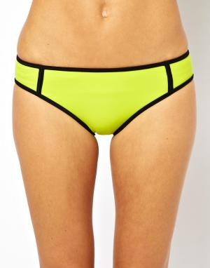 Классические бикини-трусики TYR  Flirt Huntington Beach. Цвет: зеленый