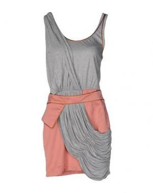 Короткое платье SASS & BIDE. Цвет: серый