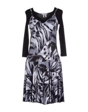 Короткое платье GERMANO ZAMA. Цвет: черный