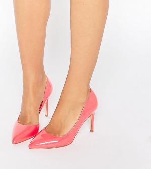 Faith Wide Fit Розовые туфли‑лодочки для широкой стопы с вырезом Cliff. Цвет: розовый