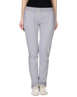 Повседневные брюки BEA. Цвет: светло-серый