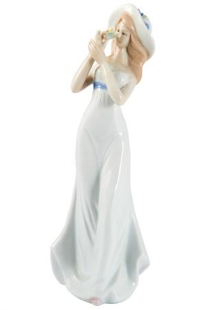 Статуэтка Девушка 25 см Русские подарки. Цвет: белый