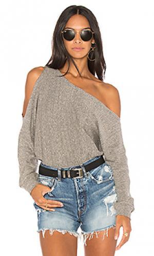 Пуловер на одно плечо Lanston. Цвет: серый