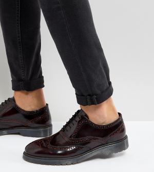 ASOS Бордовые кожаные броги на рифленой подошве для широкой стопы. Цвет: красный